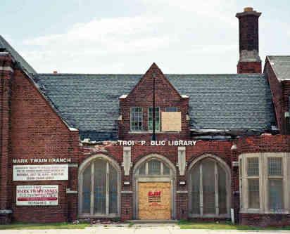 Public Libraries: Photos & Essays