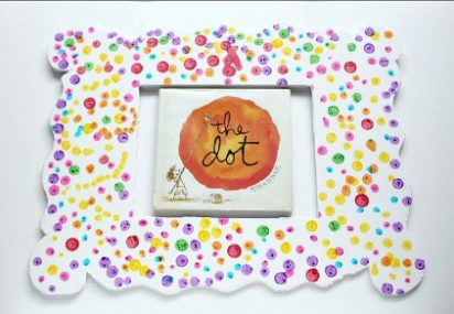 Amazing and Easy Dot Day Frame